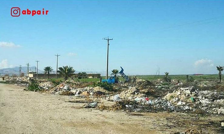 ریختن نخاله های ساختمانی در ورودی شهر فراشبند؛ معضل همیشگی پایتخت چارطاقی ایران